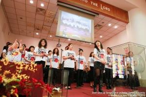 - Don't Give Up Choir - © http://gospelnow.org/Gospel Now New York